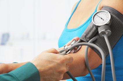O excesso de peso pode ser responsável por até 40% dos casos de pressão alta