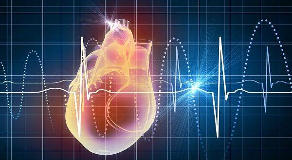 Infarto agudo do miocárdico pode cursar sem dor no peito, alerta especialista