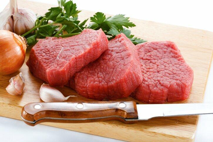 O consumo de carne vermelha aumenta o risco cardíaco?